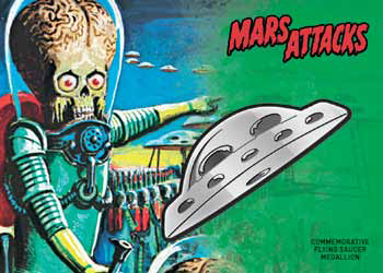 2017 Topps Mars Attacks The Revenge Medallion Card Saucer