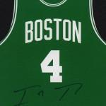 2016-17 Panini Threads Basketball Die Cut Team Threads Autographs Isaiah Thomas
