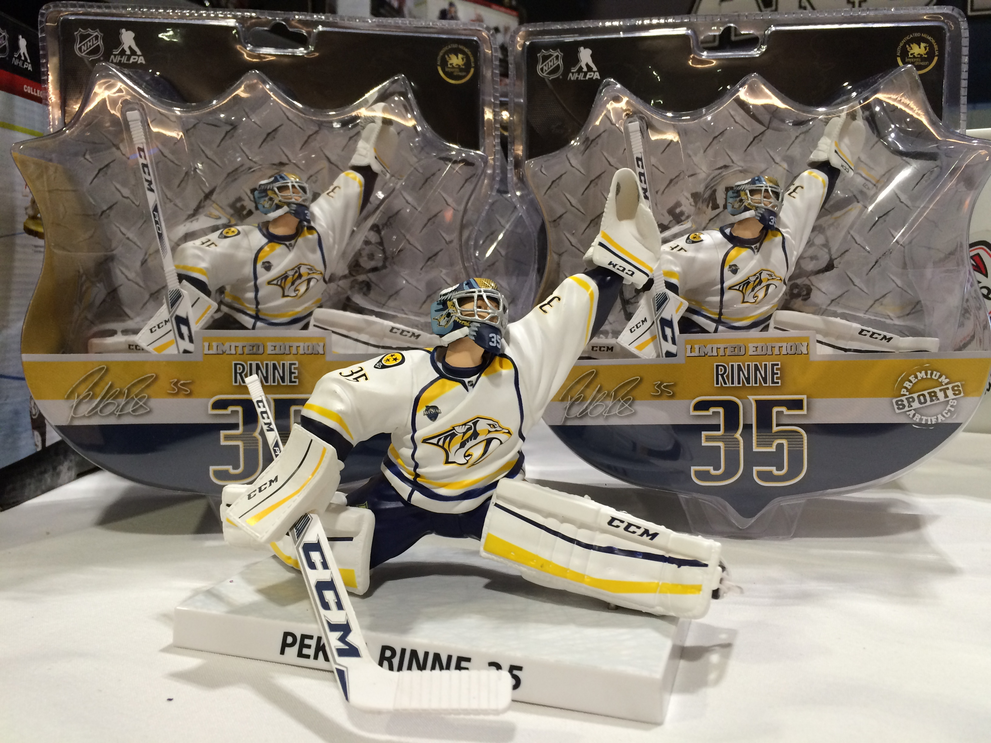 reputable site c7c5d a4afe Imports Dragon offers exclusive NHL All-Star Game figures
