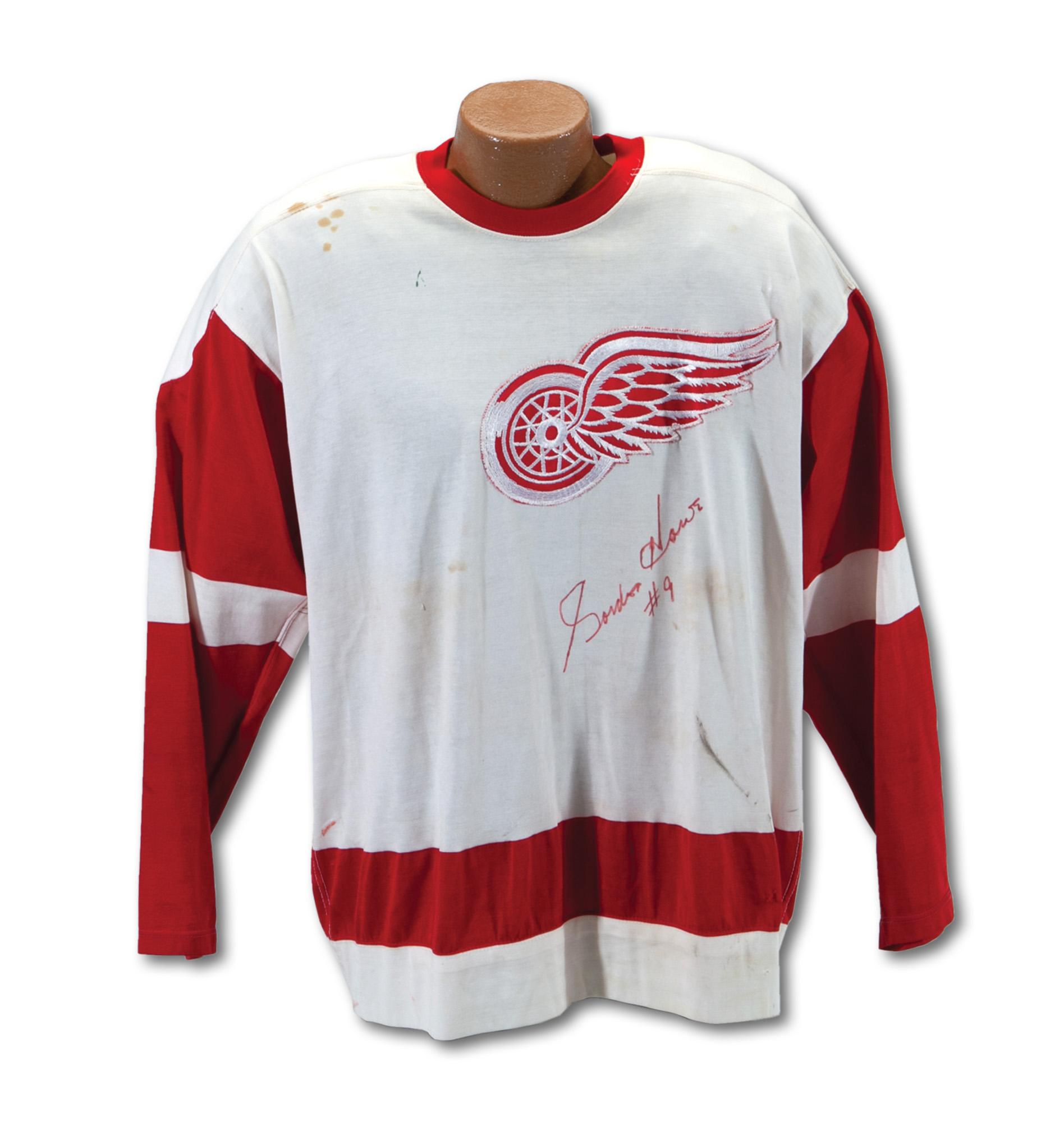a1ad9caf981 Vintage Gordie Howe jersey nears $70,000 mark