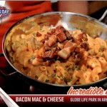 2017 Topps Opening Day Incredible Eats Bacon Mac and Cheese