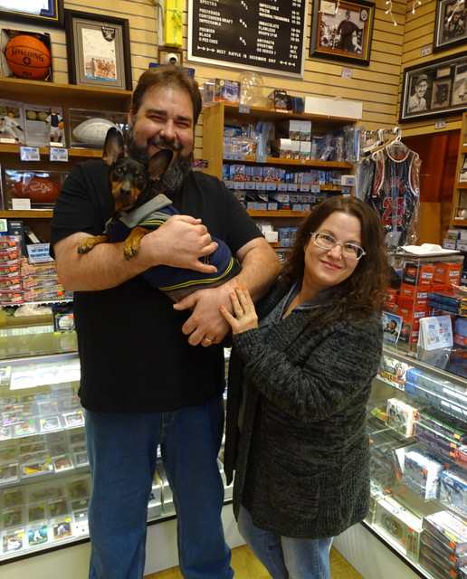 Local Card Shop Of The Week Valley Sports Cards Memorabilia Picture Framing Beckett News